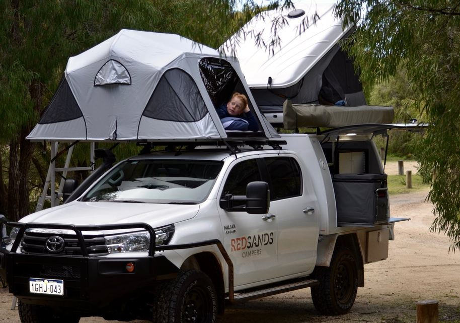 Red Sands Campers Broome Perth Darwin 5person 4wd rooftop Toyota hilux